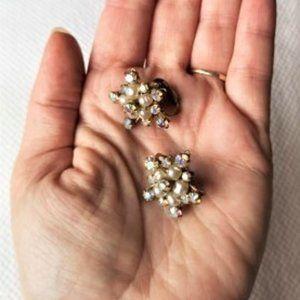 Vintage Rhinestone Pearl earrings - Star - Clip on
